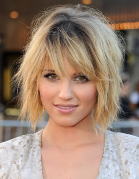 Short Hair Styles for Blondes: Dianna Agron